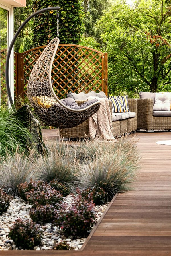 3 Decorating Ideas for a Small Patio