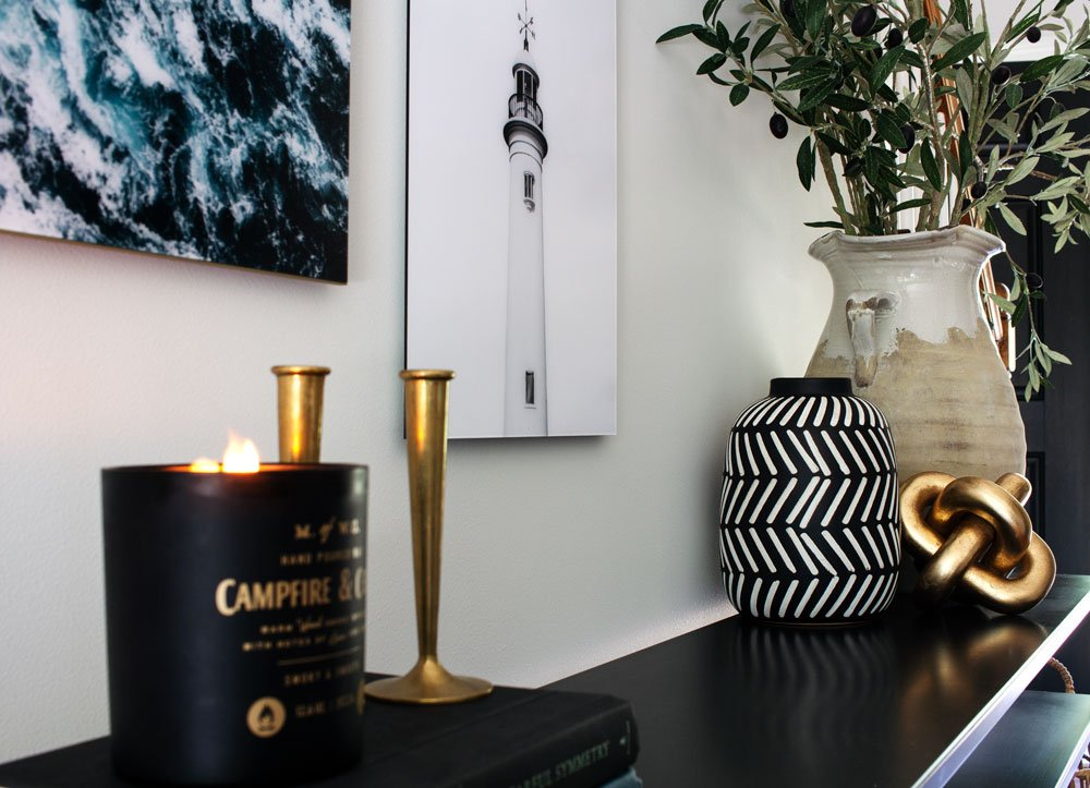 Modern entryway table styling