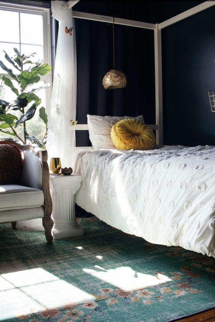 Girls garden bedroom design